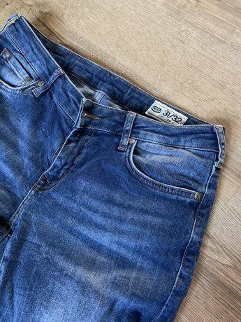 джинсы шведского бренда Crocker