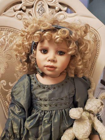 Кукла Кристин Оранж фарфоровая коллекционная Cristine Orange