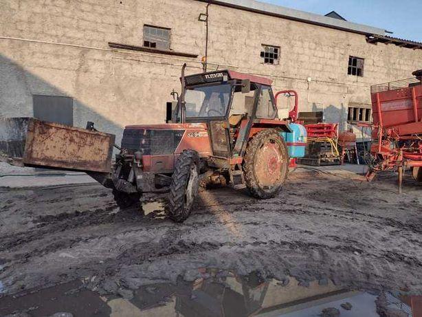 Ciągnik FIAT 82-94   NEW HOLLAND wąskie i szerokie koło