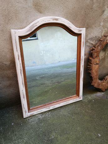 lustro w dębowej ramie postarzane