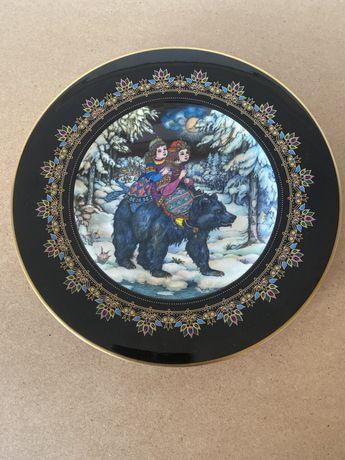 Русские сказки - коллекционные фарфорвые декоративные тарелки