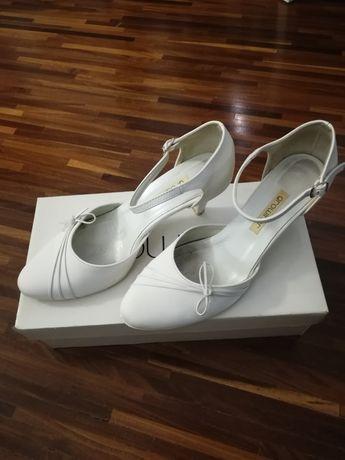 Sandały ślubne, białe Growikar, R. 37