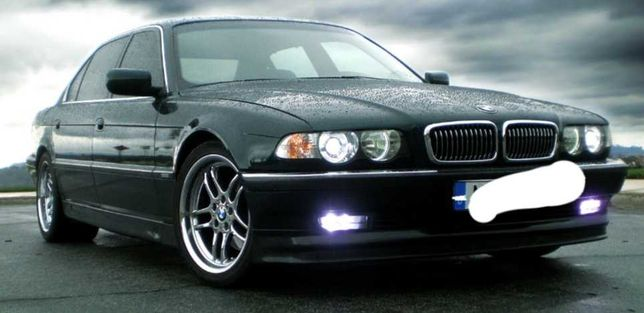 Бампер BMW Е38,Е46,F30,X3F25,E92,E81,3 E92,X3 E83,купе