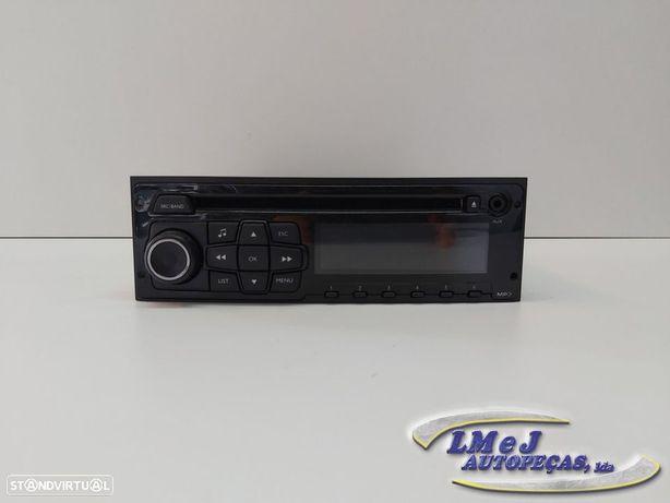 Auto Radio Peugeot 208 (CA_, CC_) Usado