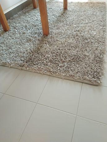 Carpete pêlo cinza