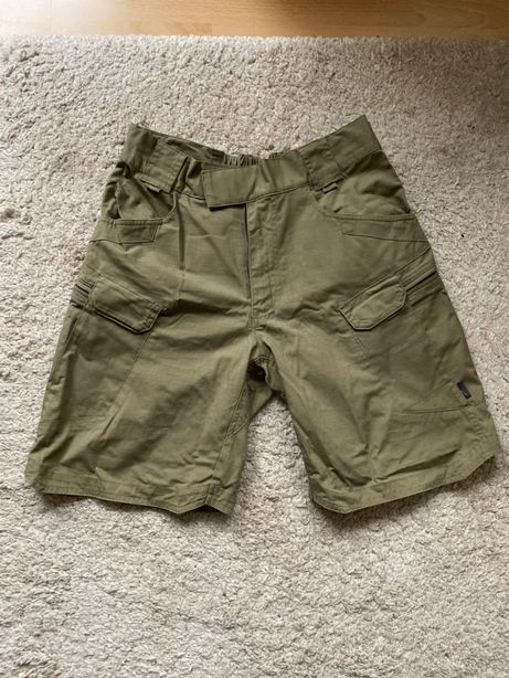 Wojskowe krótkie bojówki, spodnie Helikon UTP Urban Tactical Pants