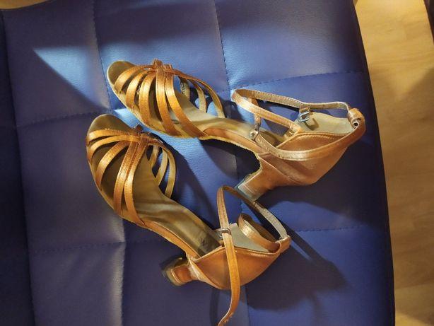 buty do tańca r. 35