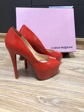 Туфли Carlo Pozalini. 35 размер. Кожа , лак. Новые !