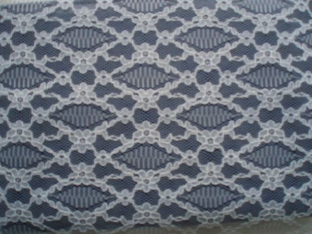 Тканина гипюр біла