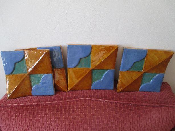 Azulejos em cerâmica originais e nunca usados