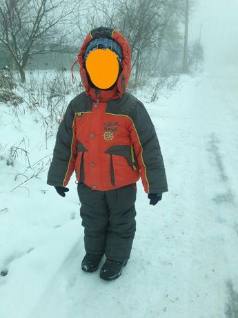 Зимний комбинезон на мальчика. 1500р
