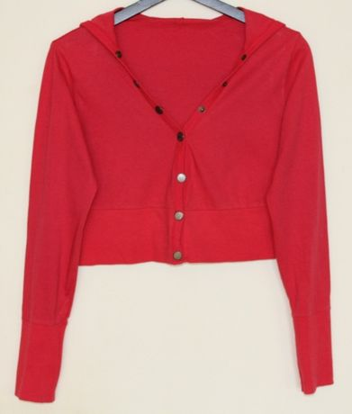 Bluza krótka bolerko czerwona z kapturem rozmiar S \ M