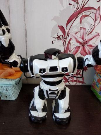 Робот интерактивный Wow wee