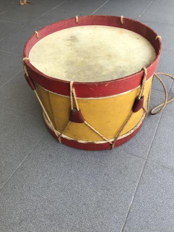 Pequeno tambor