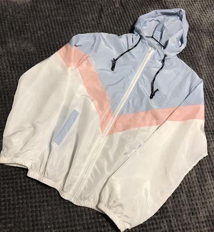 Жіноча легенька курточка