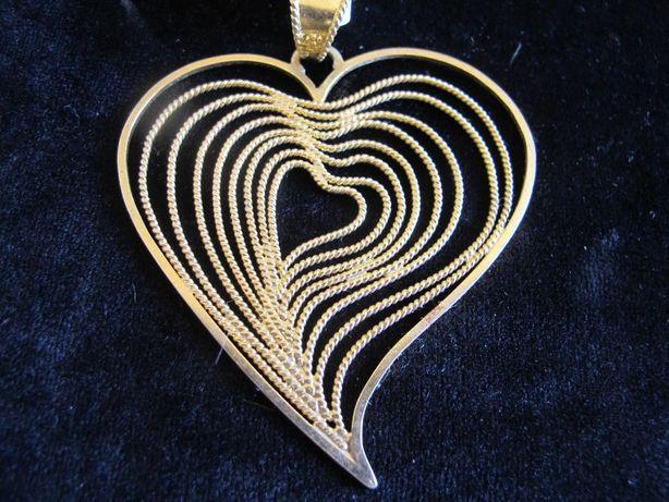 Coração de Viana em prata dourada. Filigrana manual de designer