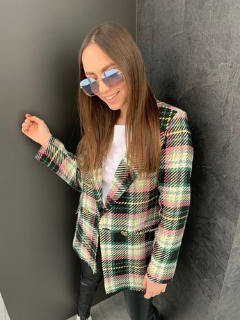 Женский двубортный стильный пиджак