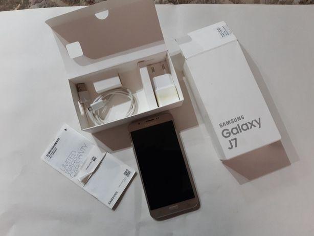 Смартфон Самсунг Галакси j7 Samsung Galaxy j7 2017 SM-J730Fn/DS Duos