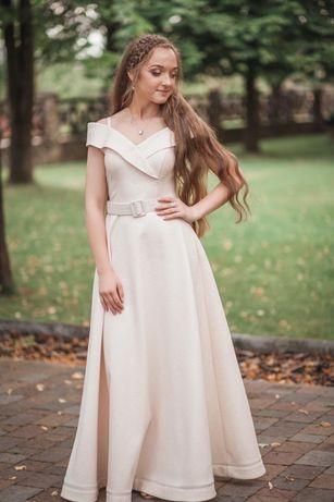 Сукня на випускний, весілля(подружці нареченої)