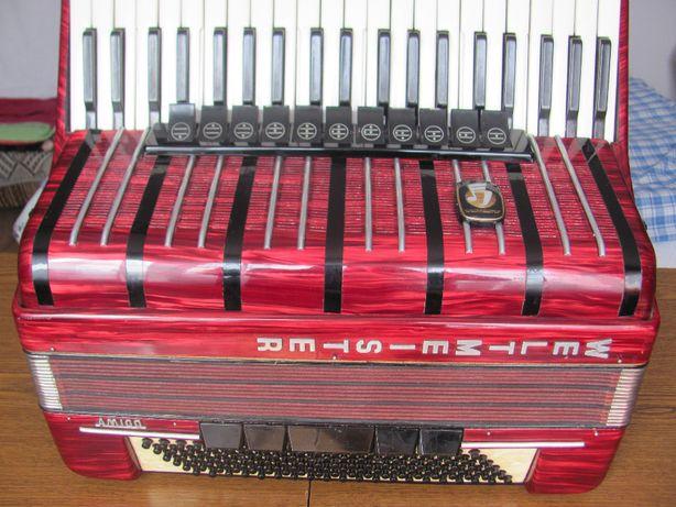 Akordeon Weltmeister Amigo 120 basów