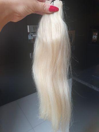 Włosy blond tape on metoda Kanapkowa