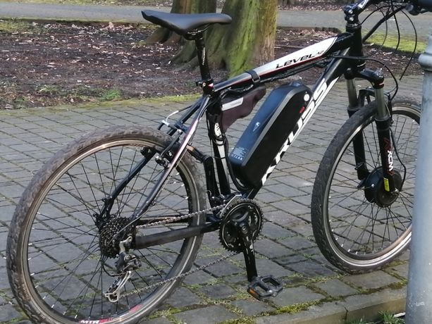 Rower Kross Level A2 z silnikiem
