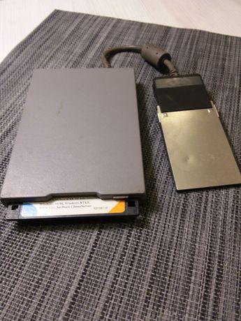 Zewnetrzny napęd dyskietek Toshiba PA 2904U