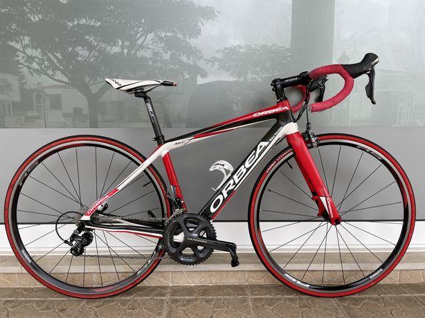 Bicicleta de estrada em carbono - Ultegra