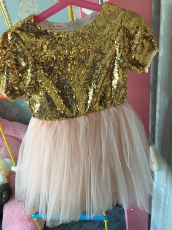 Нарядное платье на девочку 1-2 года