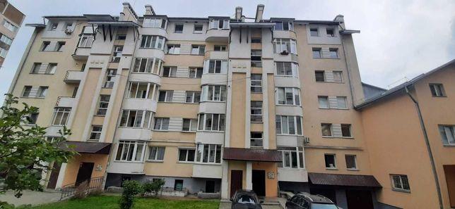 Продаж 2 кімн. квартири, вул. Миколайчука