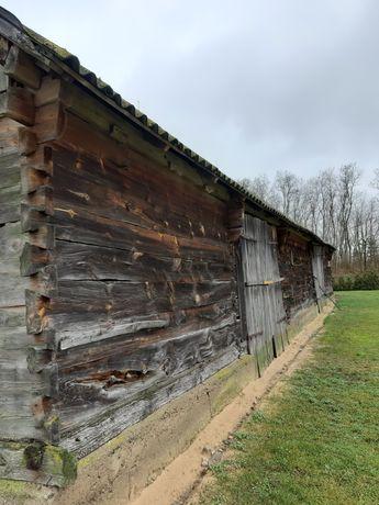 Stara stodoła z bali i desek