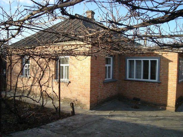 Продається компактний будинок в районі 3 школи