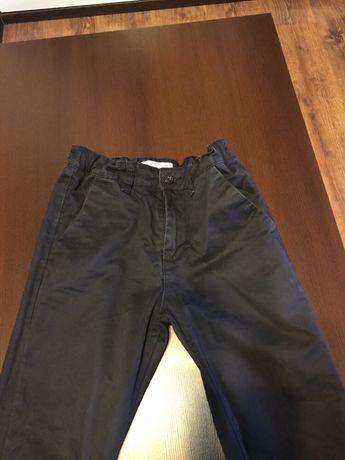 Spodnie Reserved rozmiar 140