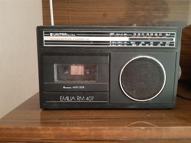 Radiomagnetofon Unitra Emilia RM 401