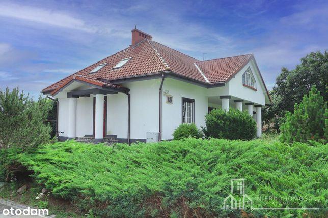 Dom nad jeziorem z własną linią brzegową w Szczeci