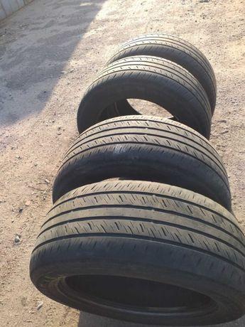 Б/у летние шини Dunlop 285/50 R20
