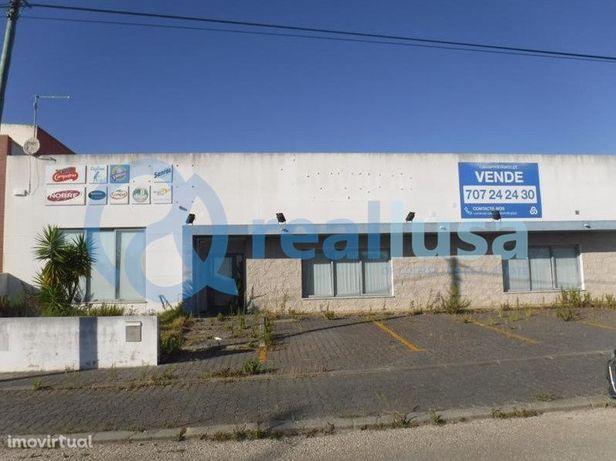 Armazém Industrial | Lourinhã | 460.000 €