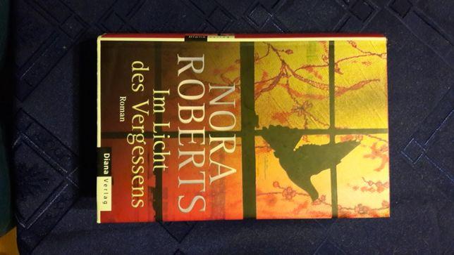 Ksiazka w jesyku niemieckim Nora Roberts Im Licht des Vergessens