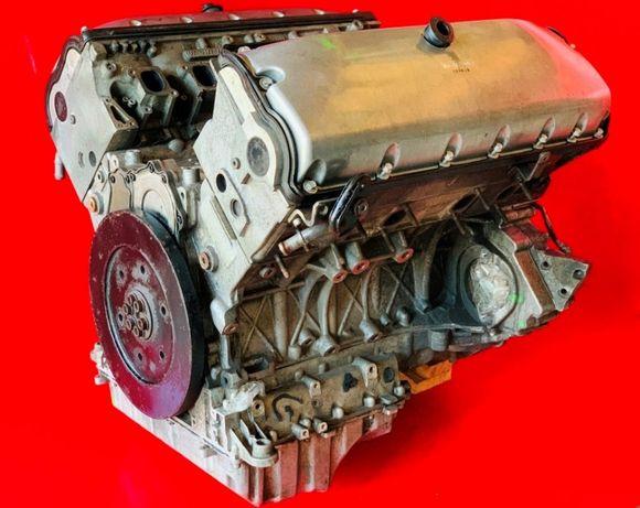 Двигатель Двигун Мотор 5.0 BLE Volkswagen Touareg Блок Голова шатун