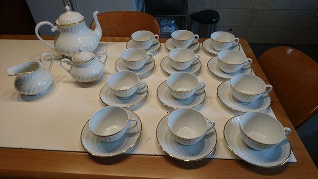 Serviço Chá 15 peças Vista Alegre modelo Atenas