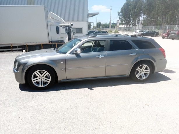 Chrysler 300c Touring 258cv