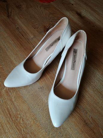 Białe szpilki Jenny Fairy rozmiar 38