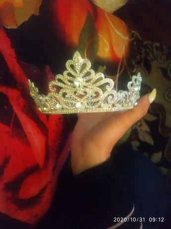 Діадема,корона в ідеальному стані
