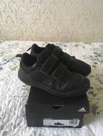 Кроссовки Adidas р.33 для мальчика