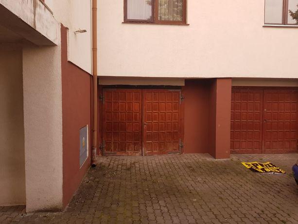 Garaż murowany w bloku ,duży garaż 22 M2 ,ogrzewany ,REZERWACJA!!!