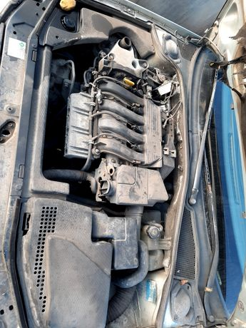 Silnik 1.8 16v Laguna