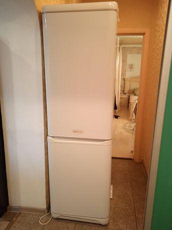 Холодильник Аристон б/ у