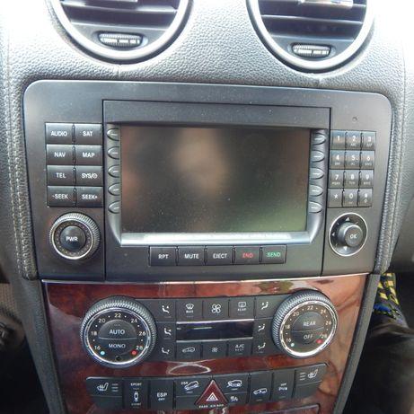 Магнитола штатная Command блок климатконтроля Mercedes GL X164 ML W164