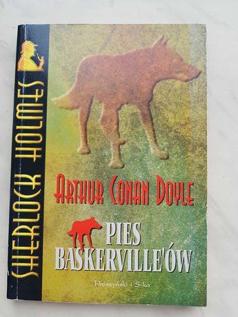 """Sprzedam książkę """"Pies Baskerville'ów"""" A. C. Doyle."""