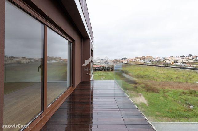 Apartamento T3   Miramar   Novo   Luxo   Box   Praia